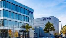 Bilance Kern : Perchè acquistare da un Premium Partner
